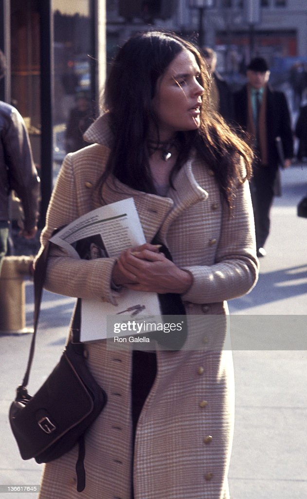 Ali MacGraw sighted on March 8, 1971 Fifth Avenue in New York City ...