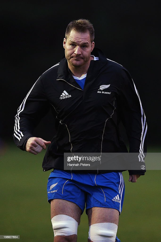 <a gi-track='captionPersonalityLinkClicked' href=/galleries/search?phrase=Ali+Williams&family=editorial&specificpeople=234366 ng-click='$event.stopPropagation()'>Ali Williams</a> of the All Blacks warms up during a training session at the University of Glamorgan training fields on November 22, 2012 in Cardiff, Wales.