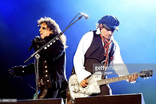 Alice Cooper and Johnny Depp perform with The Hollywood Vampires during Rock in Rio on September 24 2015 in Rio de Janeiro Brazil