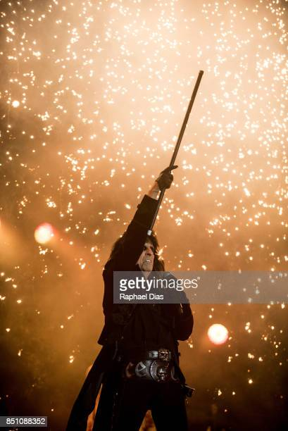 Alice Cooper performs at day 4 of Rock in Rio on September 21 2017 in Rio de Janeiro Brazil