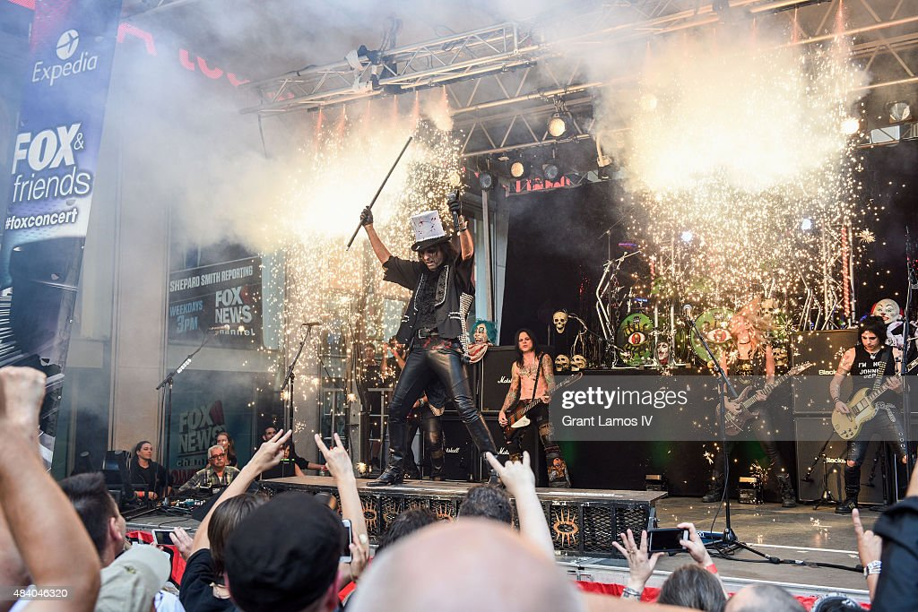 Alice Cooper performs during 'FOX & Friends' All American Concert Series outside of FOX Studios on August 14, 2015 in New York City.
