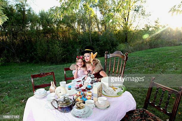 Alice in Wonderland-Tea-Party