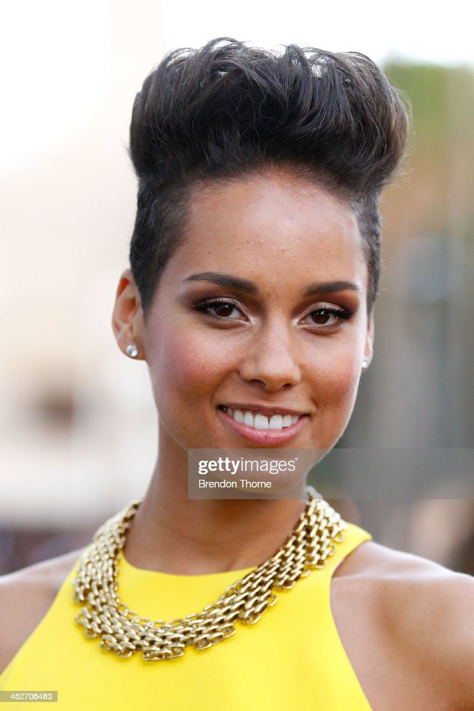 Alicia Keys arrives at the 27th Annual ARIA Awards 2013 at the Star on December 1 2013 in Sydney Australia