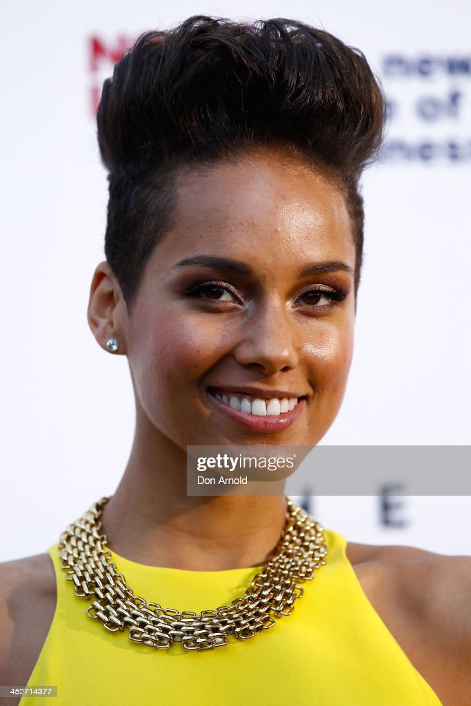 Alicia Keys arrives at the 27th Annual ARIA Awards 2013 at the Star on December 1, 2013 in Sydney, Australia.