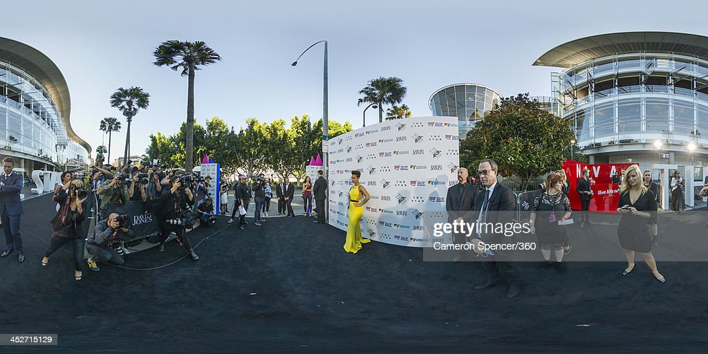 <a gi-track='captionPersonalityLinkClicked' href=/galleries/search?phrase=Alicia+Keys&family=editorial&specificpeople=169877 ng-click='$event.stopPropagation()'>Alicia Keys</a> arrives at the 27th Annual ARIA Awards 2013 at the Star on December 1, 2013 in Sydney, Australia.
