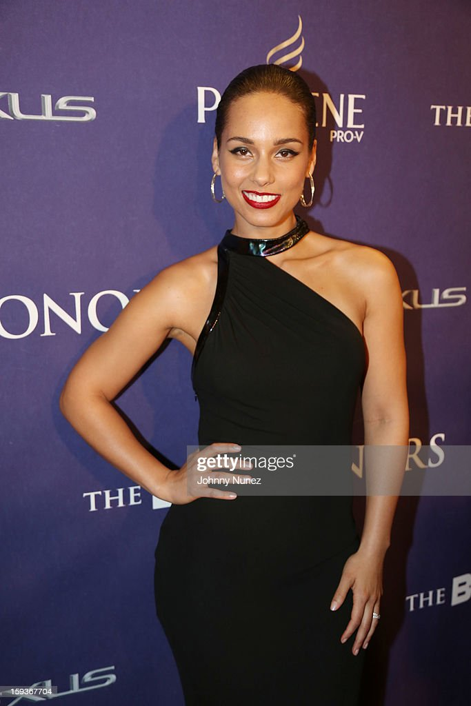 <a gi-track='captionPersonalityLinkClicked' href=/galleries/search?phrase=Alicia+Keys&family=editorial&specificpeople=169877 ng-click='$event.stopPropagation()'>Alicia Keys</a> attends BET Honors 2013 at Warner Theatre on January 12, 2013 in Washington, DC.