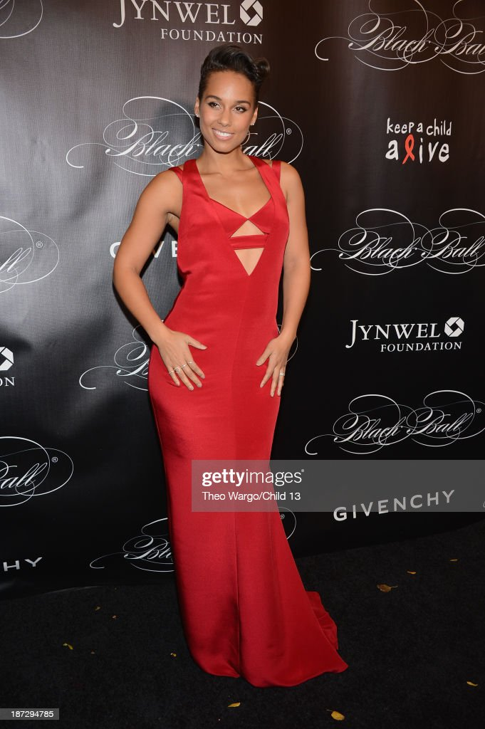 <a gi-track='captionPersonalityLinkClicked' href=/galleries/search?phrase=Alicia+Keys&family=editorial&specificpeople=169877 ng-click='$event.stopPropagation()'>Alicia Keys</a> attends Keep A Child Alive's 10th Annual Black Ball at Hammerstein Ballroom on November 7, 2013 in New York City.