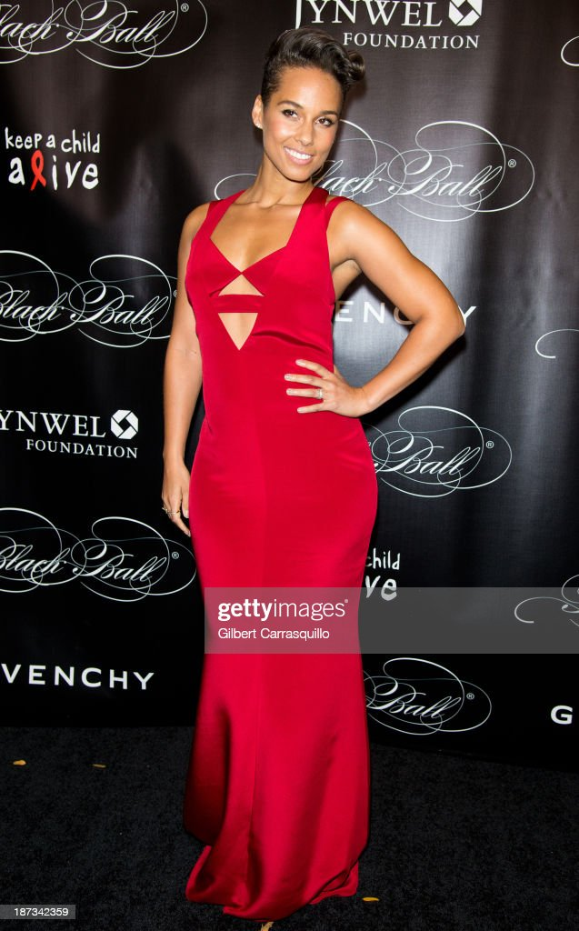 <a gi-track='captionPersonalityLinkClicked' href=/galleries/search?phrase=Alicia+Keys&family=editorial&specificpeople=169877 ng-click='$event.stopPropagation()'>Alicia Keys</a> attends the 10th annual Keep A Child Alive Black Ball at Hammerstein Ballroom on November 7, 2013 in New York City.