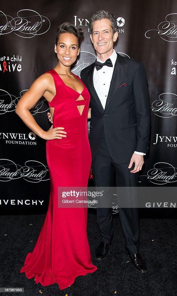 Alicia Keys (L) attends the 10th annual Keep A Child Alive Black Ball at Hammerstein Ballroom on November 7, 2013 in New York City.