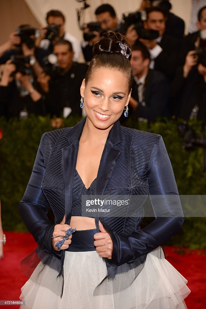 Alicia Keys attends the 'China Through The Looking Glass' Costume Institute Benefit Gala at Metropolitan Museum of Art on May 4 2015 in New York City