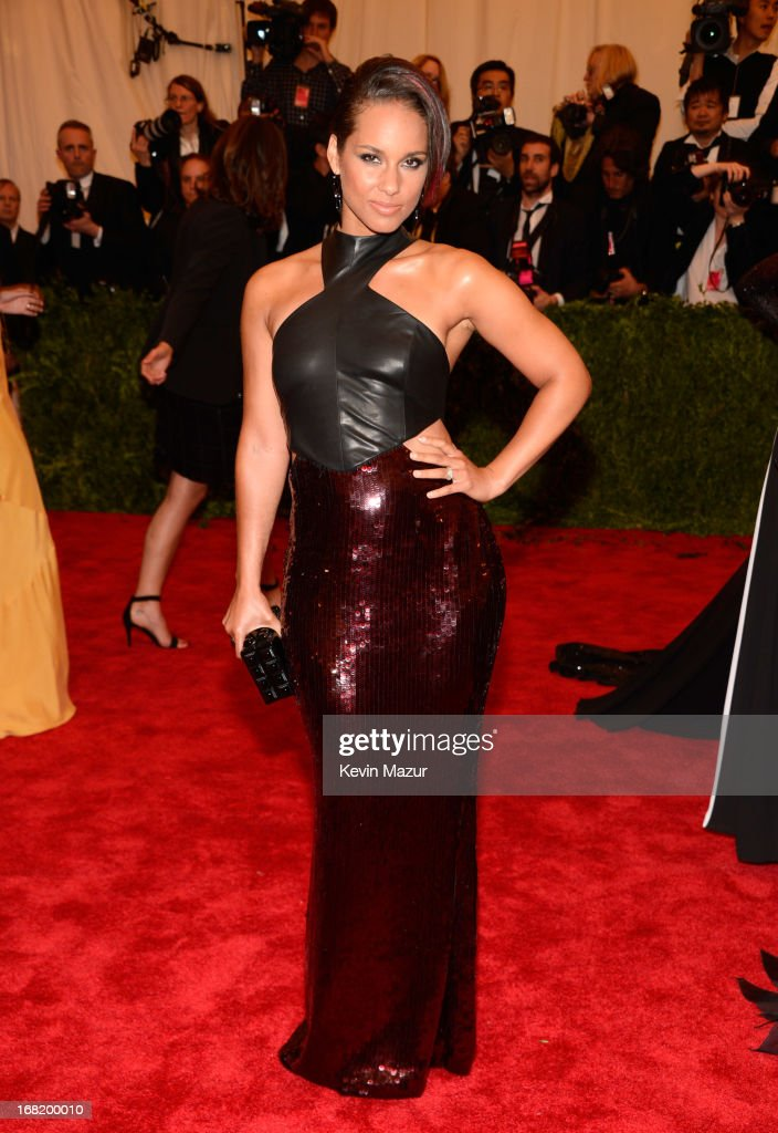 <a gi-track='captionPersonalityLinkClicked' href=/galleries/search?phrase=Alicia+Keys&family=editorial&specificpeople=169877 ng-click='$event.stopPropagation()'>Alicia Keys</a> attends the Costume Institute Gala for the 'PUNK: Chaos to Couture' exhibition at the Metropolitan Museum of Art on May 6, 2013 in New York City.