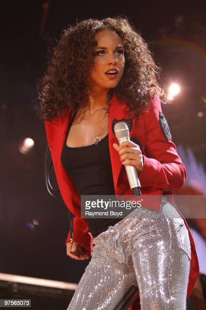 Alicia Keys performs at the Allstate Arena in Rosemont Illinois on MARCH 03 2010