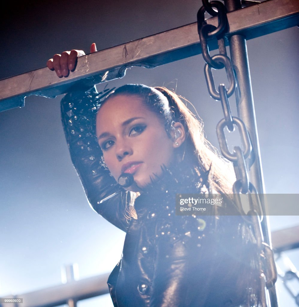Alicia Keys performs at the NIA Arena on May 19, 2010 in Birmingham, England.