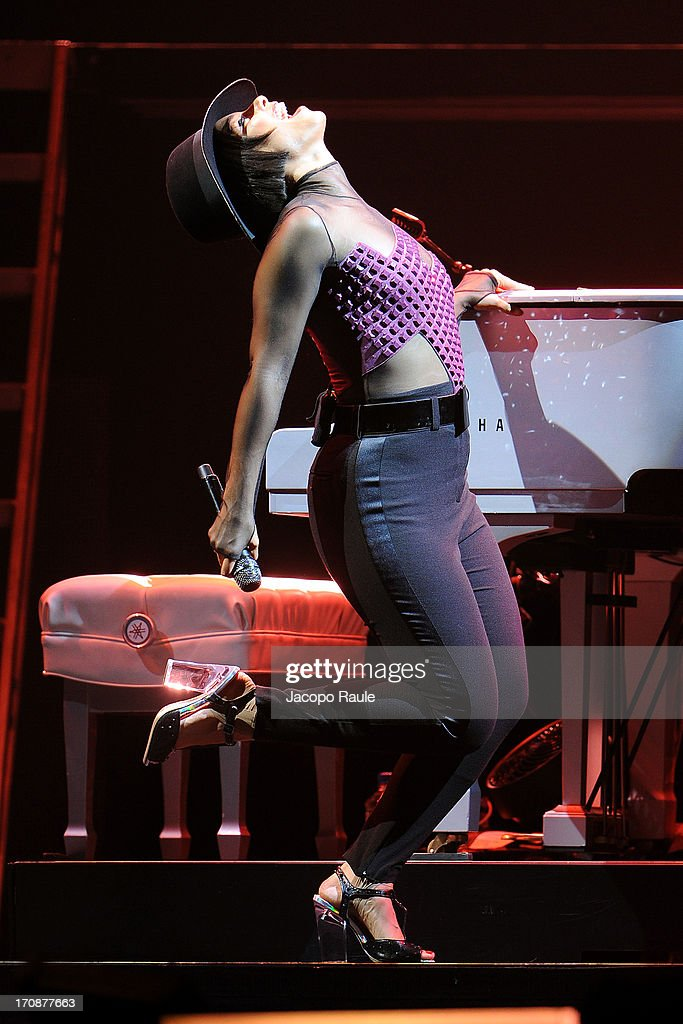 Alicia Keys performs during The World On Fire Tour At The Palaolimpico on June 19, 2013 in Turin, Italy.