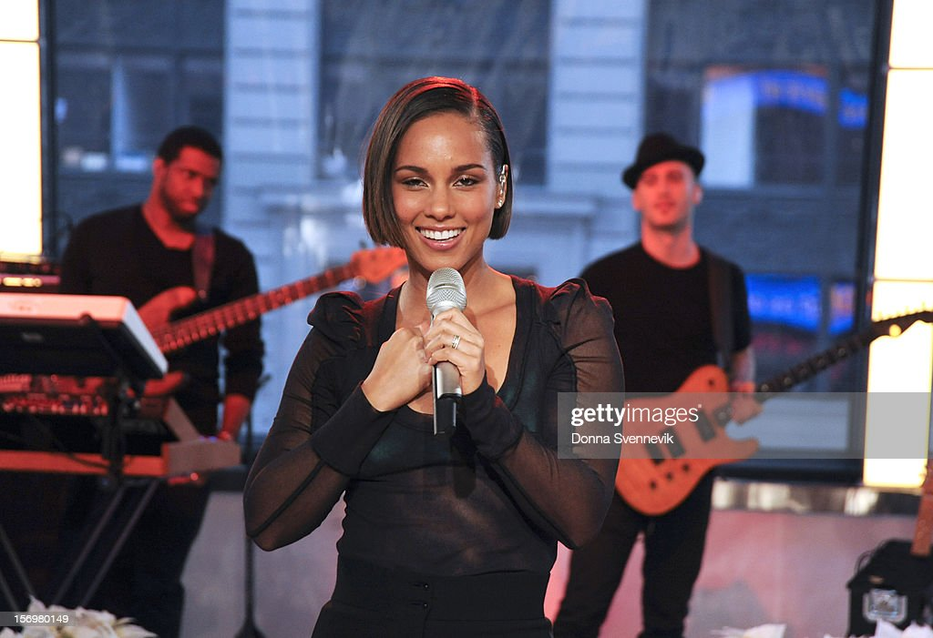 AMERICA - <a gi-track='captionPersonalityLinkClicked' href=/galleries/search?phrase=Alicia+Keys&family=editorial&specificpeople=169877 ng-click='$event.stopPropagation()'>Alicia Keys</a> performs live on 'Good Morning America,' 11/26/12, airing on the ABC Television Network. (Photo by Donna Svennevik/ABC via Getty Images) ALICIA KEYS