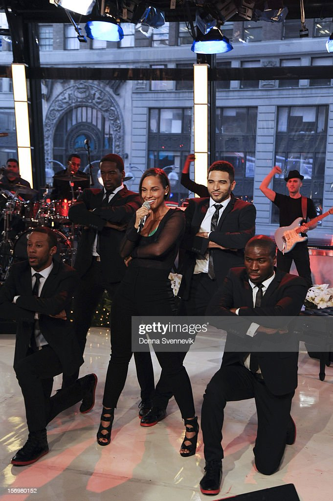 AMERICA - <a gi-track='captionPersonalityLinkClicked' href=/galleries/search?phrase=Alicia+Keys&family=editorial&specificpeople=169877 ng-click='$event.stopPropagation()'>Alicia Keys</a> performs live on 'Good Morning America,' 11/26/12, airing on the ABC Television Network. (Photo by Donna Svennevik/ABC via Getty Images) ALICIA