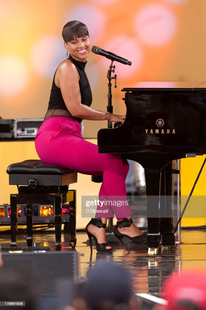 Alicia Keys performs on ABC's 'Good Morning America' at Rumsey Playfield on August 30, 2013 in New York City.