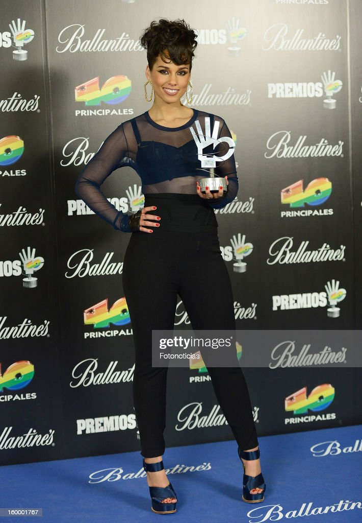 Alicia Keys poses in the press room during '40 Principales Awards' 2012 at the Palacio de Deportes on January 24, 2013 in Madrid, Spain.