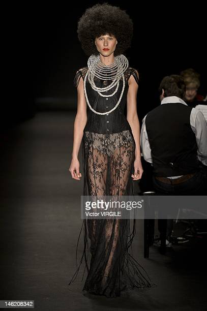 Alicia Kuczman walks the runway during the FH show as part of the Sao Paulo Fashion Week Spring/Summer 2013 on June 11 2012 in Sao Paulo Brazil