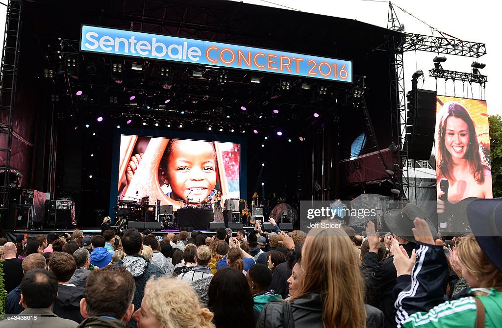 Alicia Lowes performs on stage at the Sentebale Concert at Kensington Palace on June 28, 2016 in London, England. Sentebale was founded by Prince Harry and Prince Seeiso of Lesotho over ten years ago. It helps the vulnerable and HIV positive children of Lesotho and Botswana.