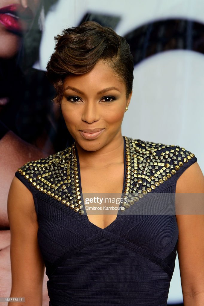 <a gi-track='captionPersonalityLinkClicked' href=/galleries/search?phrase=Alicia+Quarles&family=editorial&specificpeople=5533764 ng-click='$event.stopPropagation()'>Alicia Quarles</a> attends the MAC Cosmetics Launch of Viva Glam Rihanna at MAC Store Soho on January 29, 2014 in New York City.