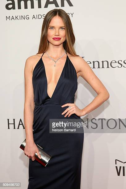 Alicia Rountree attends the 2016 amfAR New York Gala at Cipriani Wall Street on February 10 2016 in New York City