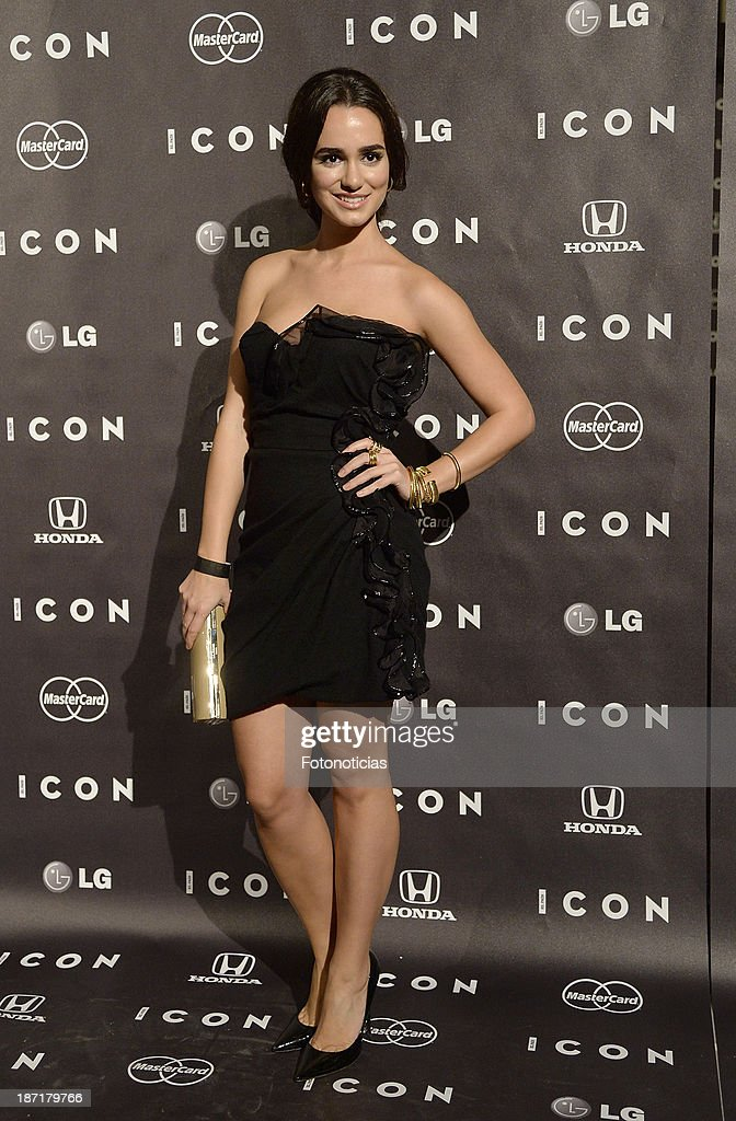 <a gi-track='captionPersonalityLinkClicked' href=/galleries/search?phrase=Alicia+Sanz&family=editorial&specificpeople=6914153 ng-click='$event.stopPropagation()'>Alicia Sanz</a> attends 'Icon' magazine launch party at the Circulo de Bellas Artes on November 6, 2013 in Madrid, Spain.