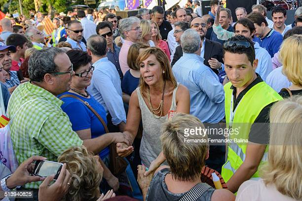 Alicia SánchezCamacho president of the People's Party in Catalonia chatting with some participants of the rally against the independence of Catalonia...