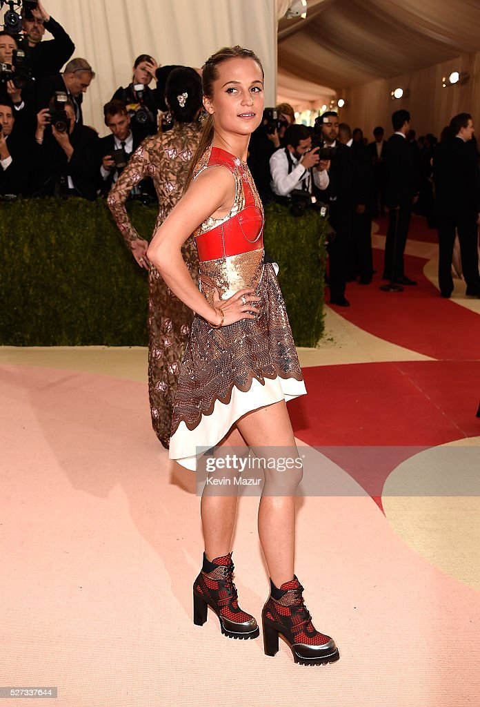 Alicia Vikander attends 'Manus x Machina: Fashion In An Age Of Technology' Costume Institute Gala at Metropolitan Museum of Art on May 2, 2016 in New York City.
