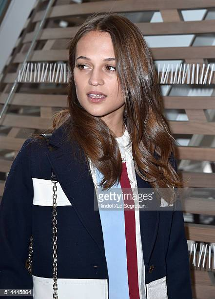 Alicia Vikander attends the Louis Vuitton show as part of the Paris Fashion Week Womenswear Fall/Winter 2016/2017 on March 9 2016 in Paris France