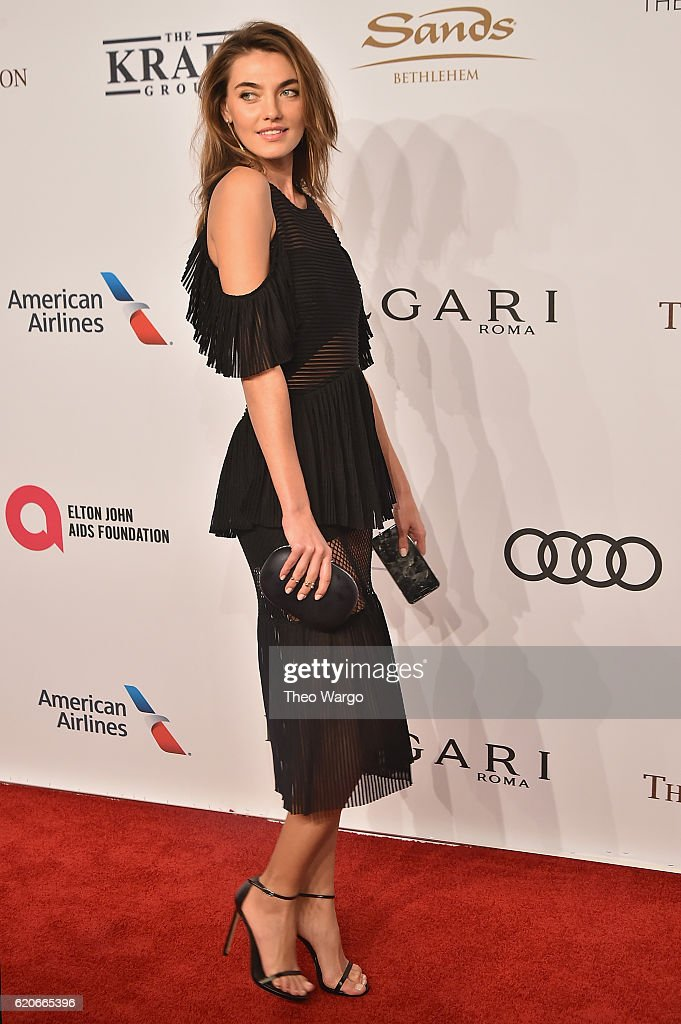 Alina Baikova attends 15th Annual Elton John AIDS Foundation An Enduring Vision Benefit at Cipriani Wall Street on November 2, 2016 in New York City.