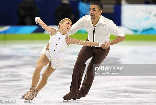 Aliona Savcgenko and Robin Szolkowy of Germany compete in the Figure Skating Pairs Free Program on day 4 of the Vancouver 2010 Winter Olympics at the...