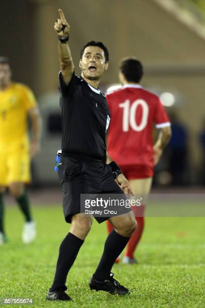 Alireza Faghani Referee of Iran in action during the 2018 FIFA World Cup Asian Playoff match between Syria and the Australia Socceroos at Hang Jebat...