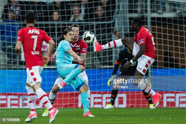 Alireza Jahanbakhsh of AZ Enes Unal of FC Twente Rens van Eijden of AZ Derrick Luckassen of AZduring the Dutch Eredivisie match between AZ Alkmaar...