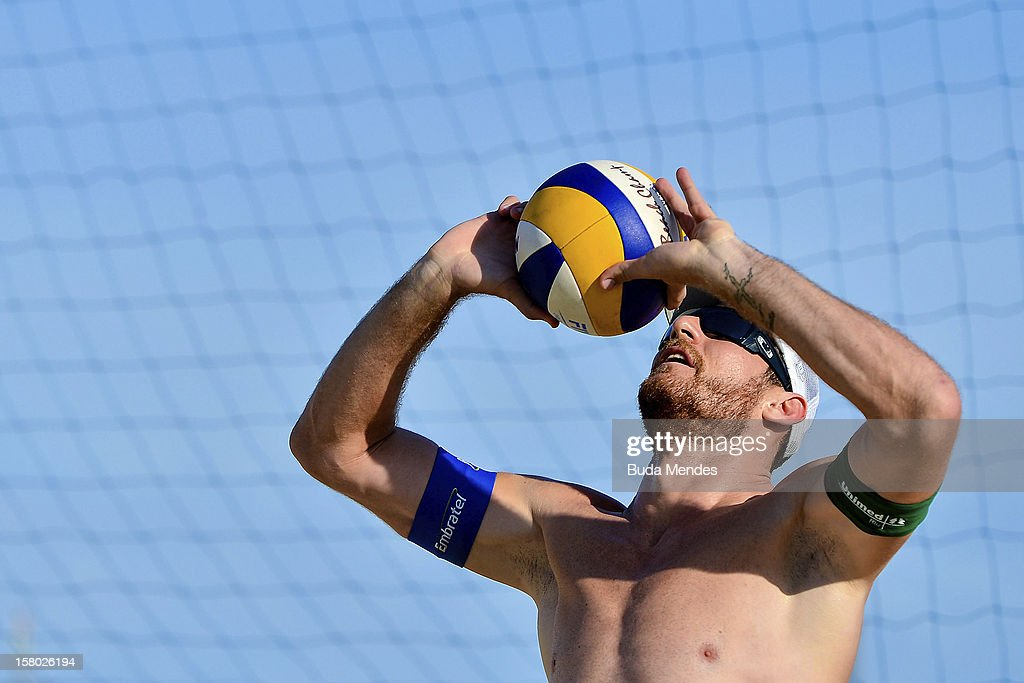 Alison in action during a beach volleyball training for the 6th stage of the season 2012/2013 Circuit Bank of Brazil at Copacabana Beach on December 08, 2012 in Rio de Janeiro, Brazil.