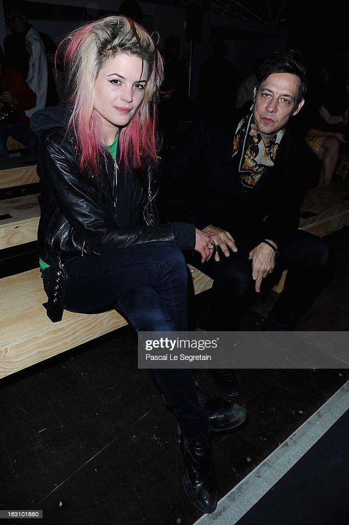 <a gi-track='captionPersonalityLinkClicked' href=/galleries/search?phrase=Alison+Mosshart&family=editorial&specificpeople=226602 ng-click='$event.stopPropagation()'>Alison Mosshart</a> and <a gi-track='captionPersonalityLinkClicked' href=/galleries/search?phrase=Jamie+Hince&family=editorial&specificpeople=220566 ng-click='$event.stopPropagation()'>Jamie Hince</a> attend the Saint Laurent Fall/Winter 2013 Ready-to-Wear show as part of Paris Fashion Week on March 4, 2013 in Paris, France.
