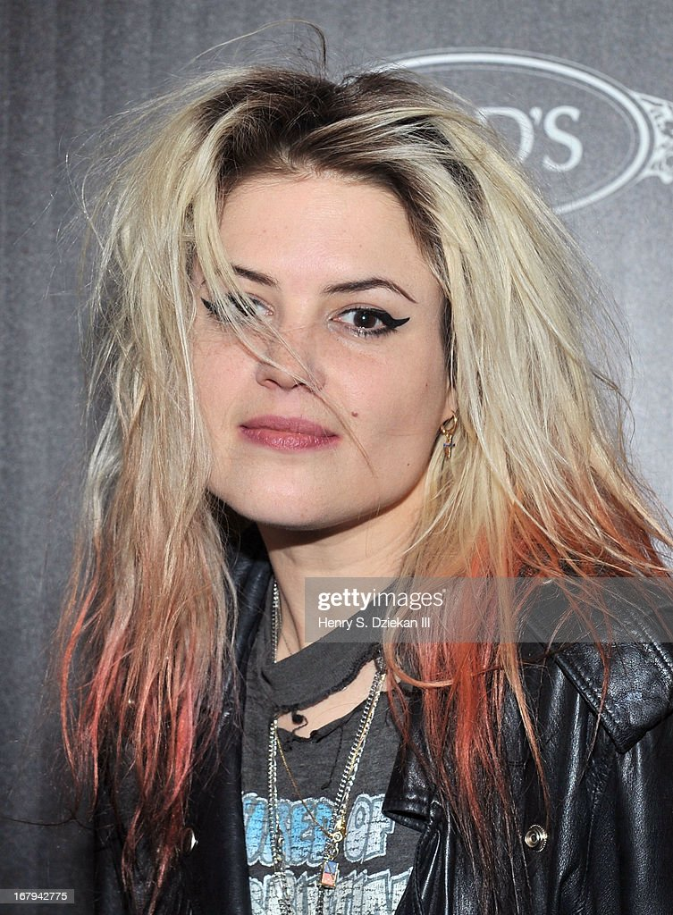 Alison Mosshart attends The Cinema Society with Tod's & GQ screening of Millennium Entertainment's 'What Maisie Knew' at Sunshine Landmark on May 2, 2013 in New York City.