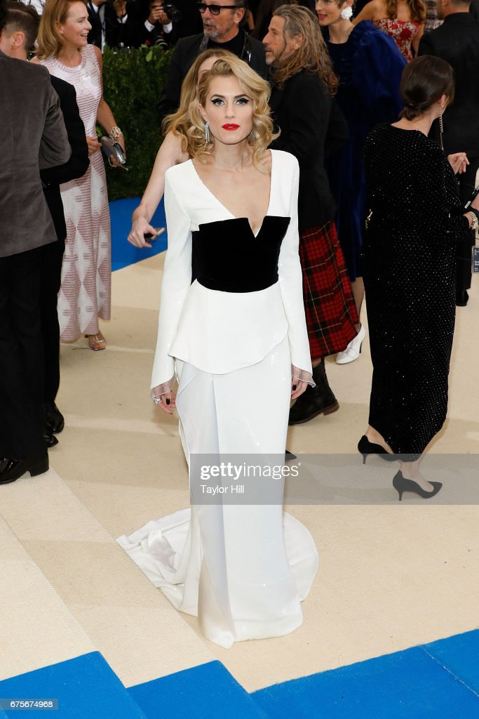 Alison Williams attends 'Rei Kawakubo/Commes Des Garcons: Art of the In-Between' at Metropolitan Museum of Art on May 1, 2017 in New York City.