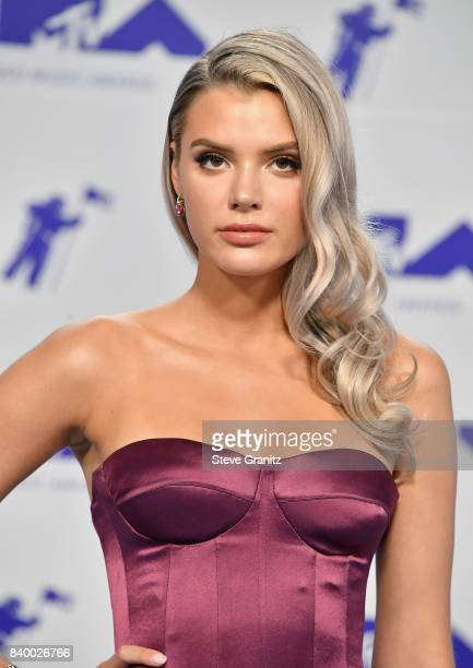 Alissa Violet attends the 2017 MTV Video Music Awards at The Forum on August 27 2017 in Inglewood California