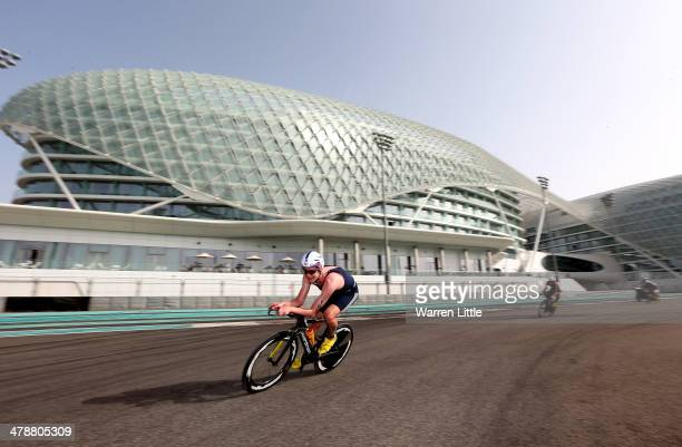 Alistair Brownlee of Great Britain races around the Yas Marina Circuit during the Abu Dhabi International Triathlon on March 15 in Abu Dhabi United...