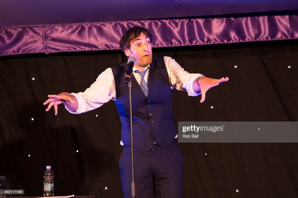 <a gi-track='captionPersonalityLinkClicked' href=/galleries/search?phrase=Alistair+McGowan&family=editorial&specificpeople=209045 ng-click='$event.stopPropagation()'>Alistair McGowan</a> performs at The Henley Festival on July 13, 2014 in Henley-on-Thames, England.