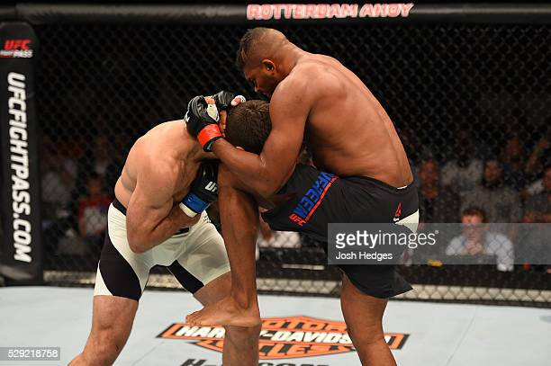 Alistair Overeem knees Andrei Arlovski in their heavyweight bout during the UFC Fight Night event at Ahoy Rotterdam on May 8 2016 in Rotterdam...