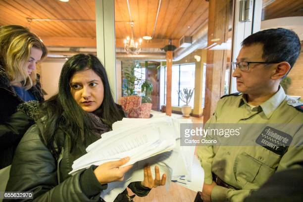 TORONTO ON MARCH Aliza Kassam holds the repair request they tried delivering the Metcap Living until a security guard blocked the main entrance...