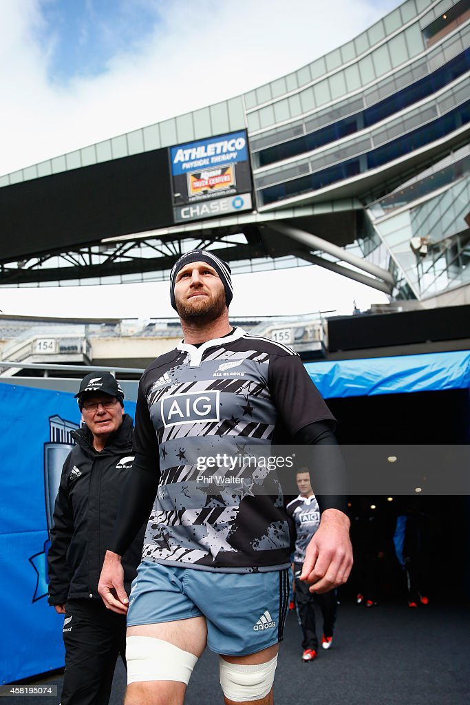 All Black Captain Kieran Read walks out for the New Zealand All Blacks Captain's run at Soldier Field on October 31 2014 in Chicago Illinois