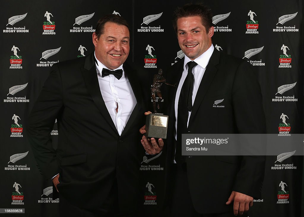 All Black coach <a gi-track='captionPersonalityLinkClicked' href=/galleries/search?phrase=Steve+Hansen&family=editorial&specificpeople=228915 ng-click='$event.stopPropagation()'>Steve Hansen</a> (L) and captain <a gi-track='captionPersonalityLinkClicked' href=/galleries/search?phrase=Richie+McCaw&family=editorial&specificpeople=165235 ng-click='$event.stopPropagation()'>Richie McCaw</a> pose with the Team of the Year award during the 2012 Steinlager Rugby Awards at SkyCity Convention Centre on December 14, 2012 in Auckland, New Zealand.
