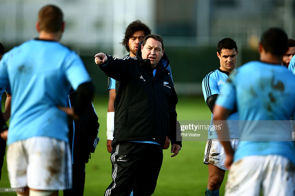 All Black coach <a gi-track='captionPersonalityLinkClicked' href=/galleries/search?phrase=Steve+Hansen&family=editorial&specificpeople=228915 ng-click='$event.stopPropagation()'>Steve Hansen</a> during a New Zealand All Blacks training session at Latymers Upper School on November 12, 2013 in London, England.