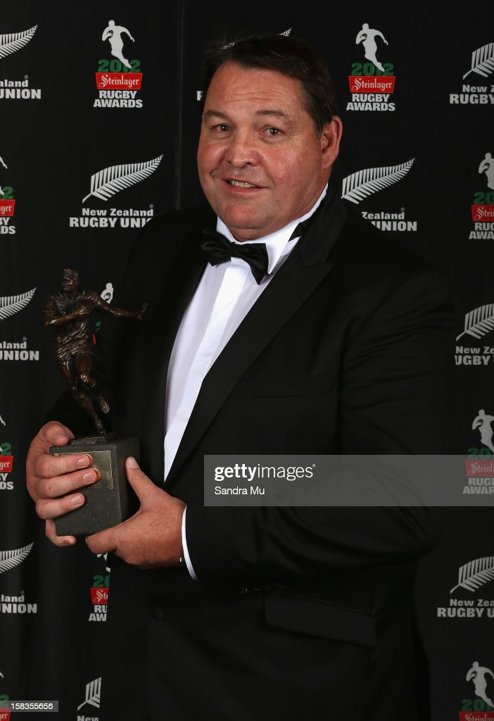 All Black coach <a gi-track='captionPersonalityLinkClicked' href=/galleries/search?phrase=Steve+Hansen&family=editorial&specificpeople=228915 ng-click='$event.stopPropagation()'>Steve Hansen</a> poses with the Coach of the Year award during the 2012 Steinlager Rugby Awards at SkyCity Convention Centre on December 14, 2012 in Auckland, New Zealand.