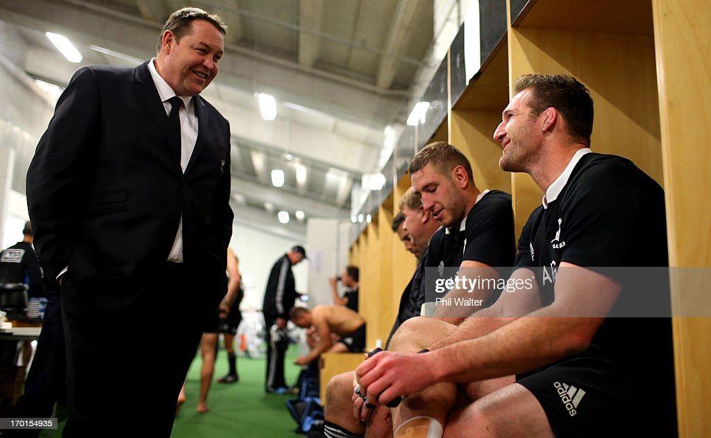 All Black coach <a gi-track='captionPersonalityLinkClicked' href=/galleries/search?phrase=Steve+Hansen&family=editorial&specificpeople=228915 ng-click='$event.stopPropagation()'>Steve Hansen</a> (L) talks with All Black captain <a gi-track='captionPersonalityLinkClicked' href=/galleries/search?phrase=Kieran+Read&family=editorial&specificpeople=789465 ng-click='$event.stopPropagation()'>Kieran Read</a> (R) in the dressing room following the first test match between the New Zealand All Blacks and France at Eden Park on June 8, 2013 in Auckland, New Zealand.