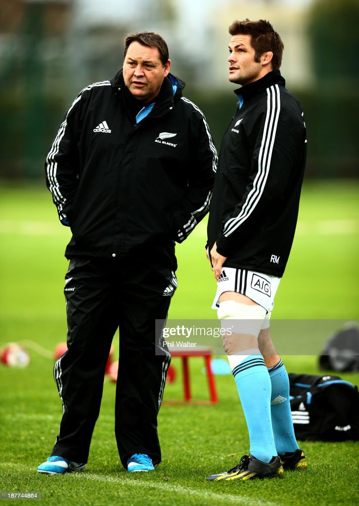 All Black coach <a gi-track='captionPersonalityLinkClicked' href=/galleries/search?phrase=Steve+Hansen&family=editorial&specificpeople=228915 ng-click='$event.stopPropagation()'>Steve Hansen</a> talks with captain <a gi-track='captionPersonalityLinkClicked' href=/galleries/search?phrase=Richie+McCaw&family=editorial&specificpeople=165235 ng-click='$event.stopPropagation()'>Richie McCaw</a> during a New Zealand All Blacks training session at Latymers Upper School on November 12, 2013 in London, England.