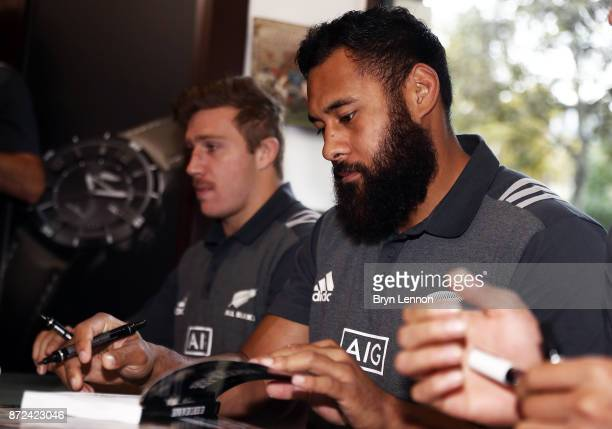 All Black Patrick Tuipulotu attends an autograph session at Boutique Rugby on November 10 2017 in Paris France